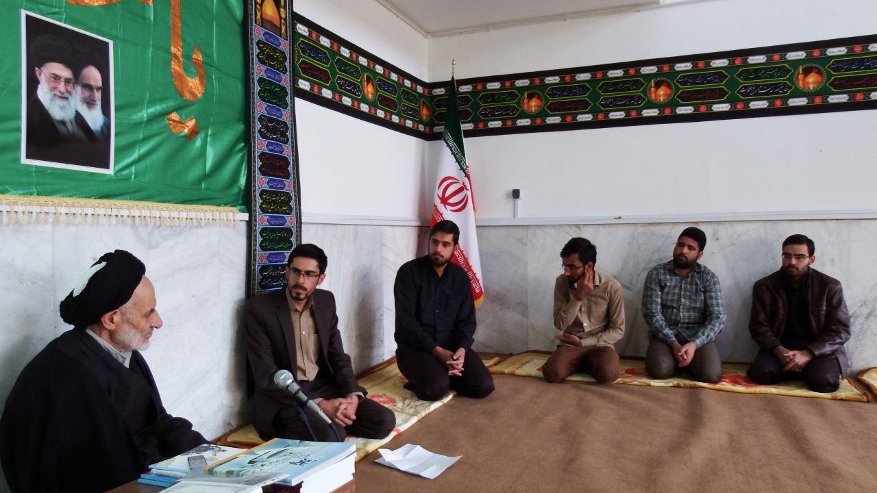 دیدار شورای مرکزی انجمن اسلامی دانشجویان مستقل دانشگاه بیرجند با نماینده ولی فقیه در استان