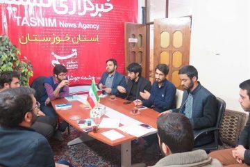 دولت دینِ خود را به خوزستان ادا کند/مسئولان خوزستانی حاضر نیستند چند دقیقه بین مردم حاضر شوند