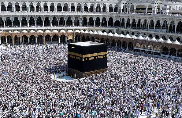 مدیریت مراسم حج در دست کشور های اسلامی قرار گیرد