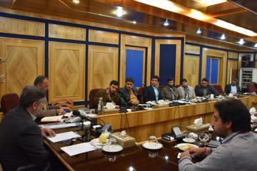 اعضای انجمن اسلامی دانشگاه شیراز با رییس صدا و سیمای مرکز فارس دیدار کردند
