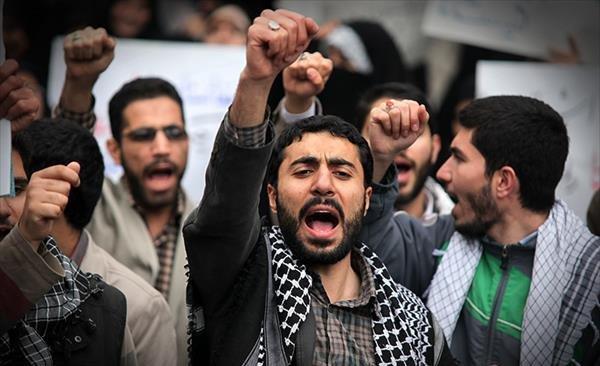 دانشجوی انقلابی؛ بسم الله!