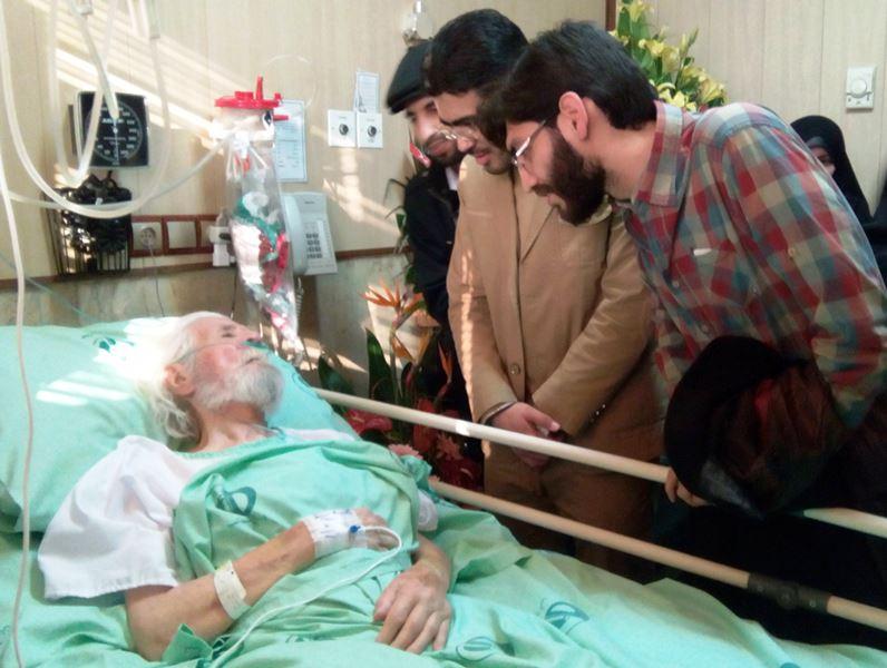 عیادت اعضای انجمن های اسلامی دانشجویان مستقل از استاد حمید سبزواری