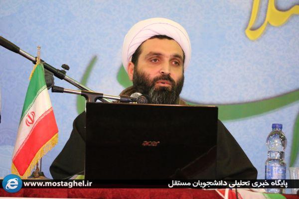 کلاس مبانی نظری انقلاب اسلامی توسط حجت الاسلام و المسلمین استاد دانش در جهاد اکبر ۱۴