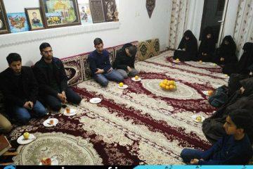 دیدار اعضای انجمن اسلامی دانشجویان دانشگاه اصفهان با خانواده شهید مدافع حرم مسلم خیزاب